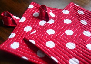 Polka Dot Pot Holder