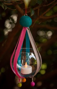 Hanging Zipper Votive Holder